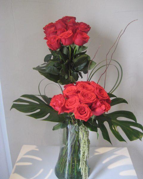 Cilindro 24 rosas rojas