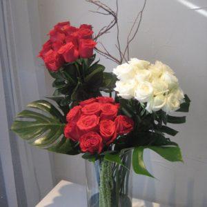 Cilindro 36 rosas en rojo con blanco