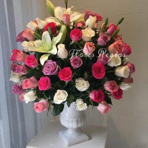 Espectacular 100 rosas rosas en copa blanca